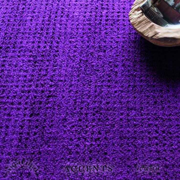 Alfombra Morada, prueba con nuevos y diferentes estilos #Purple #interiordesign #housedecor #floordecor #decoration #monday #inspiration
