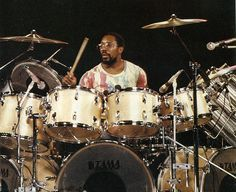 A nice vintage Billy Cobham shot right here.