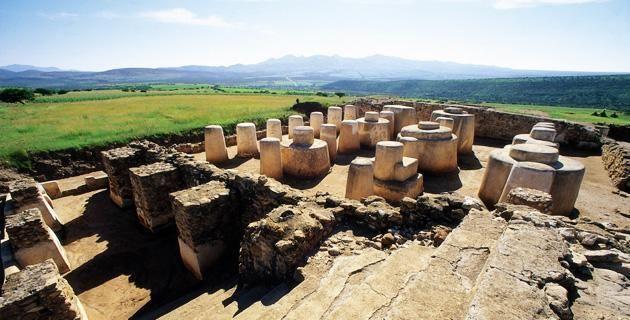 <p>En el municipio de Chalchihuites, al poniente del estado de Zacatecas, se encuentra la zona arqueológica de Altavista, una de las más importantes del México antiguo. ¡Explora sus misteriosas construcciones!</p>