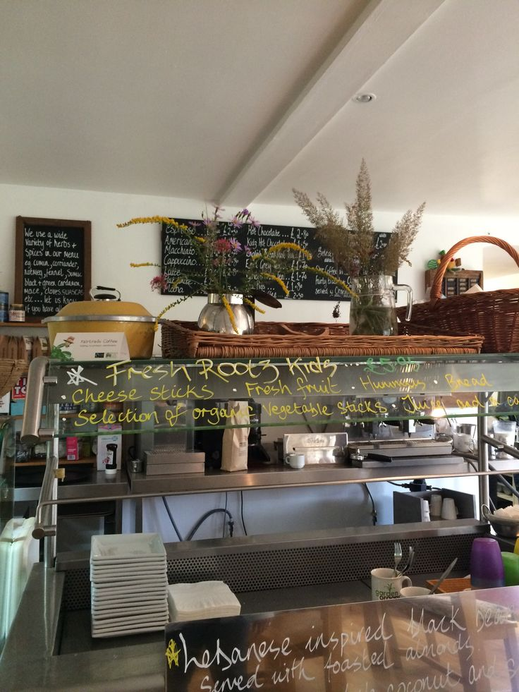 Fresh Rootz  Vegetarian/vegan café based at Ryton Organic Gardens. Good choice of vegan options.