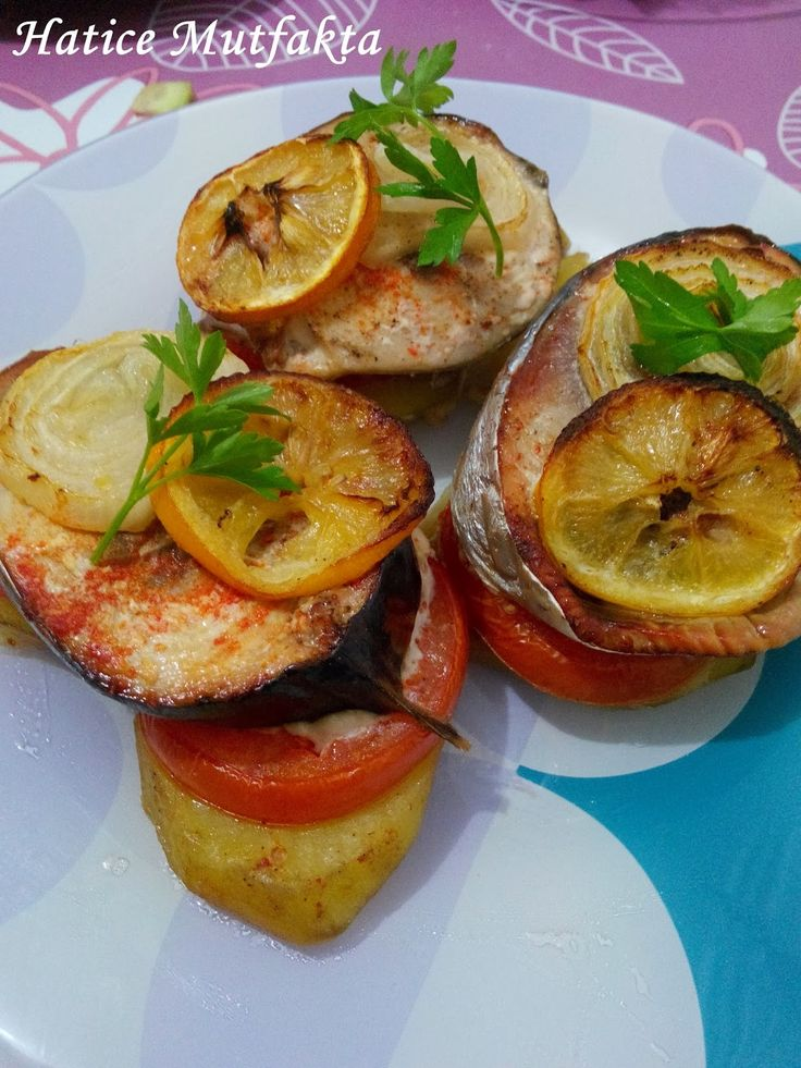 Hatice Mutfakta: Fırında Palamut