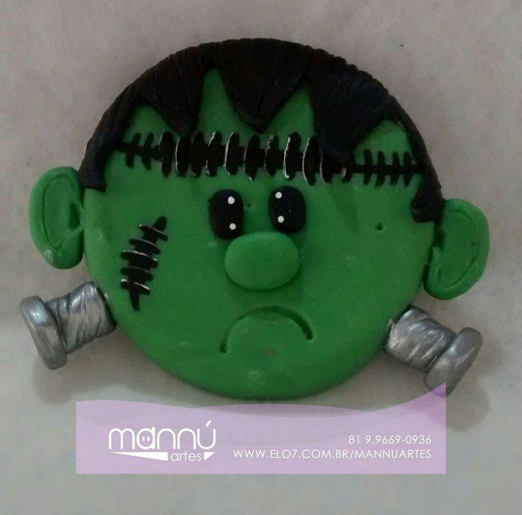 Frankenstein - enfeite de porta  - Halloween Frankenstein - Enfeite de Halloween - enfeite de porta #halloween #biscuitdecorativo #frankestein #dia31deoutubro R$ 15,00 ou 3x de R$ 5,42 no cartão Feito sob encomenda 15 dias úteis para produção  https://www.elo7.com.br/frankenstein-enfeite-de-halloween/dp/96A1FA  *Enviamos para todo Brasil   WhatsApp:(81)9669-0936 Email: biscuitpe1@gmail.com