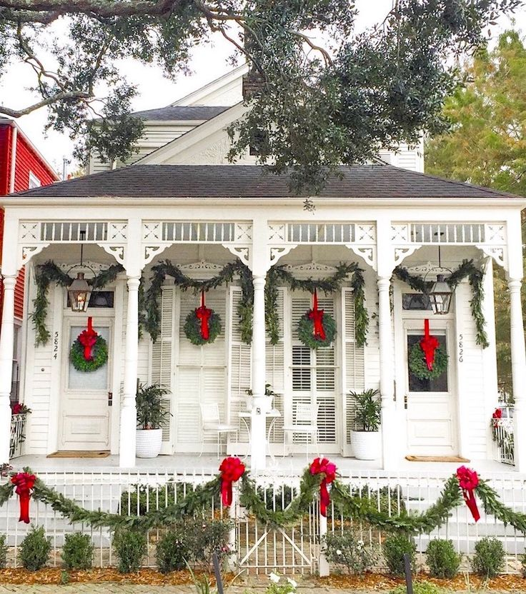 via @thegrovestreetpress new orleans on instagram - beautifully decorated home for Christmas in New Orleans