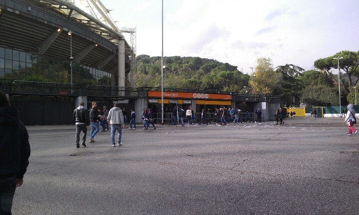 Lazio Spagna en la Curva Nord para ver el Derby.