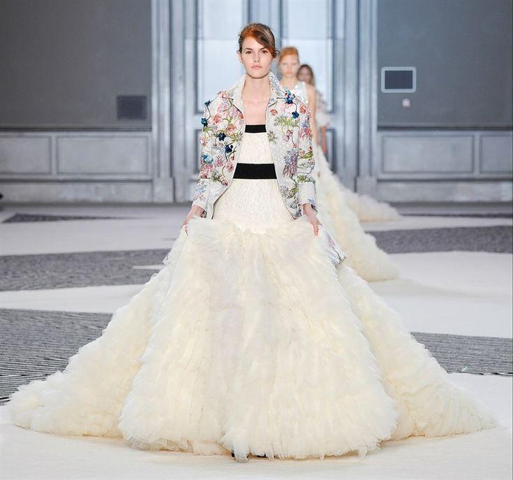 Paris Wedding Gowns: Giambattista Valli Wedding Dress // Paris Fashion Week