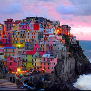 colorful, beautiful: Cinqueterre, Cinque Terre Italy, Buckets Lists, Favorite Places, Beautifulplaces, Beautiful Places, Places I D, Colors Houses, Travel