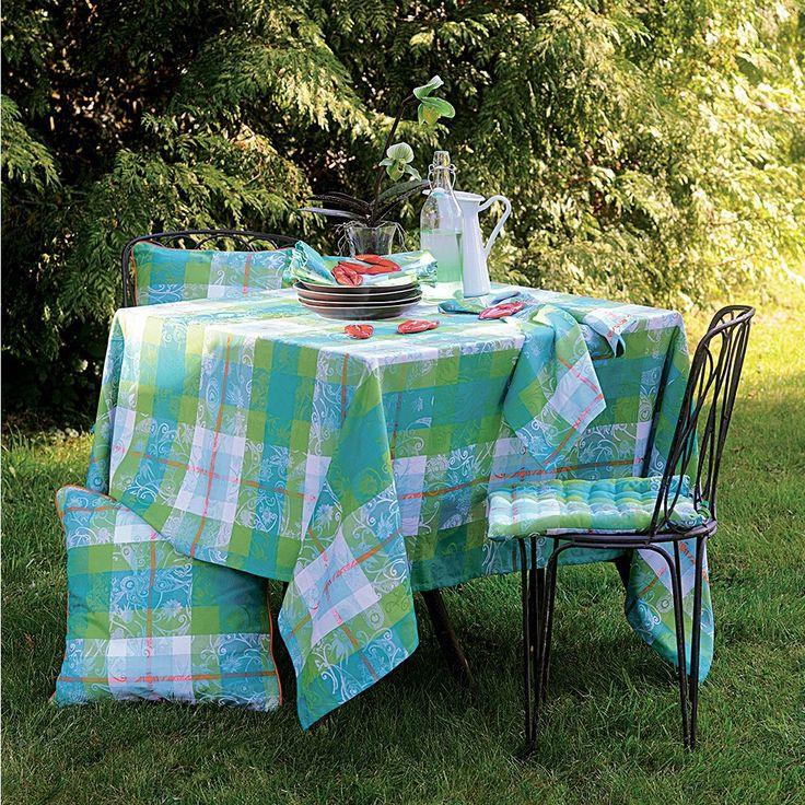 Garnier Thiebaut - Mille Panache Peacock Sie geben Ihre Tischmaße ein und unser Tischdeckenkonfigurator berechnet Ihre persönliche Tischdecke.   Wählen Sie aus herrlichen Stoffen Ihren Favoriten. Nichts Passendes gefunden?   Rufen Sie uns an unter Tel. (0281) 24173 und wir machen es passend! Sie sind sich in der Farbwahl nicht sicher?   Gerne senden wir Ihnen Stoffmuster zu