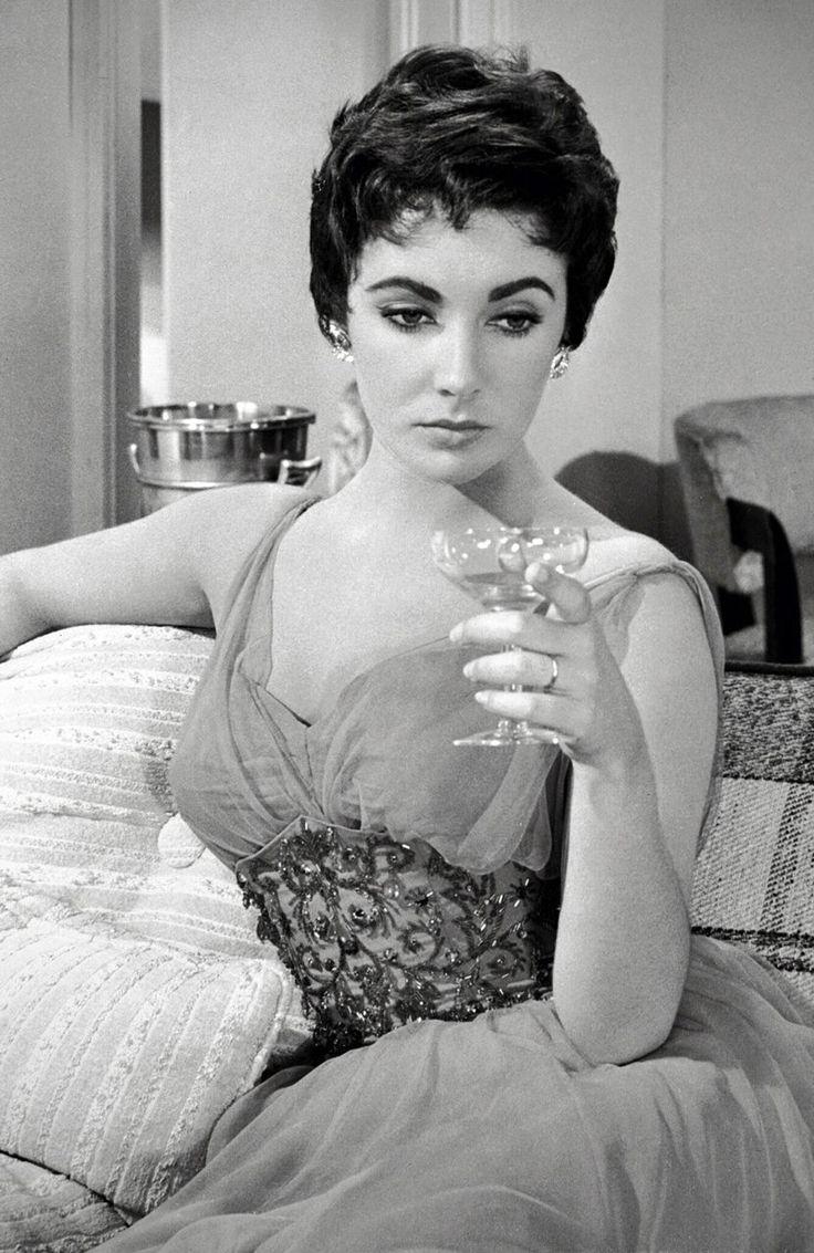 classy vintage pixie
