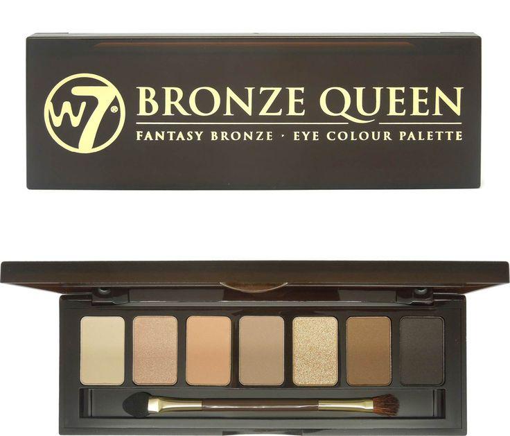 Η W7 Bronze Queen Eye Colour Palette είναι μία παλέτα σκιών, που θα ντύσει τα μάτια σας με bronzed αποχρώσεις. Περιλαμβάνει 7 σκιές, σε nude τόνους, του καφέ και του χρυσού με ματ και shimmering υφή..για να σας μετατρέψει σε Bronze Queen!