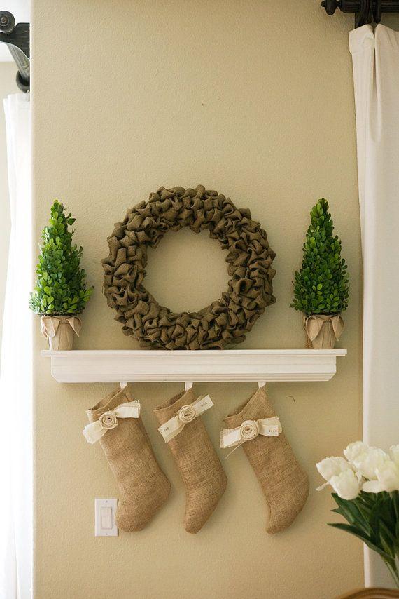 burlap wreath 38 burlap stockings 15 280