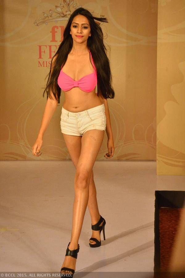 fbb Femina Miss India 2015 finalist Rakshitha Harimurthy during the Centro Miss Rampwalk.
