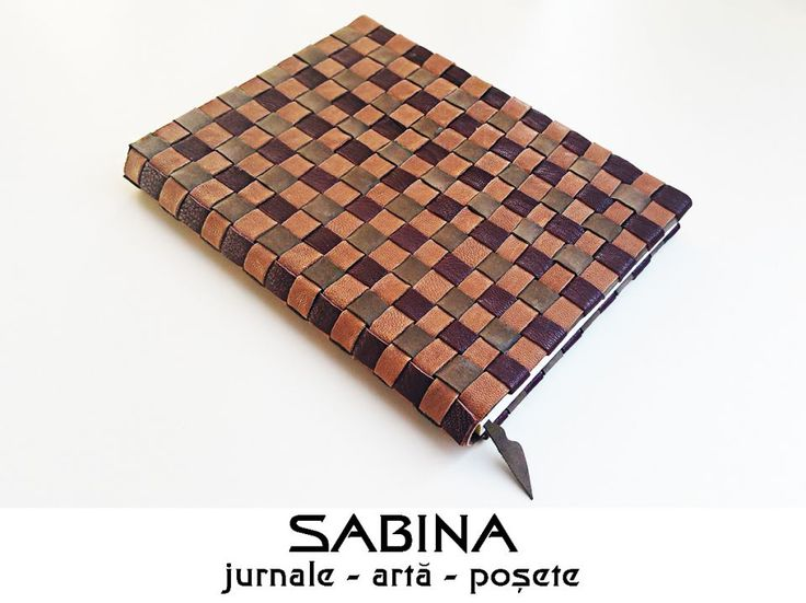 120 LEI | Jurnale handmade | Cumpara online cu livrare nationala, din Timisoara. Mai multe Papetarie in magazinul ArtGallerySABINA pe Breslo.