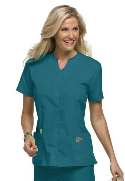 how to wear scrubs fashionably