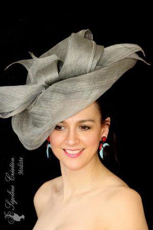 e297770c65386 Chapeau 4208, chapeau de mariage en sisal souple kaki, monté sur serre tête  à 149€