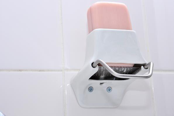 Nathalie Stämpfli's Soap Flakes Dispenser