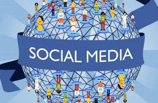 Son dönemde sosyal medya uzmanlığı sertifika programı eğitimi almış olanlar çok daha kolay bir şekilde sosyal medya yöneticiliği alanında iş bulabilmektedirler. Sizinde hayalinizdeki meslek buysa sosyal medya uzmanlığı sertifika programı adı altındaki eğitimlere katılarak sertifikalı bir sosyal medya uzmanı olabilir ve rahatlıkla iş bulabilirsiniz.