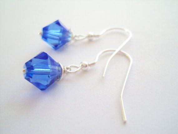 Swarovski Sapphire blue petite dangly earrings in sterling silver (925)
