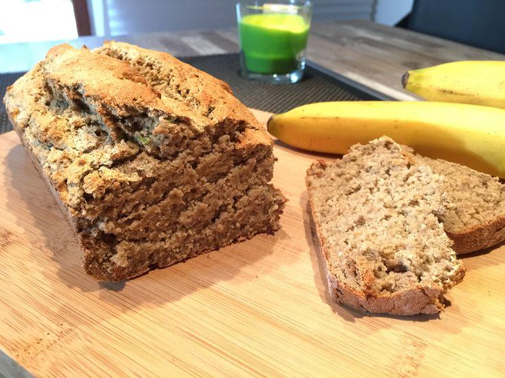 Bananen-Zucchini-Brot  Nach Clean eating   Super einfach und super lecker...  Kalorienarm und zuckerfrei Rezept auf meinem Blog
