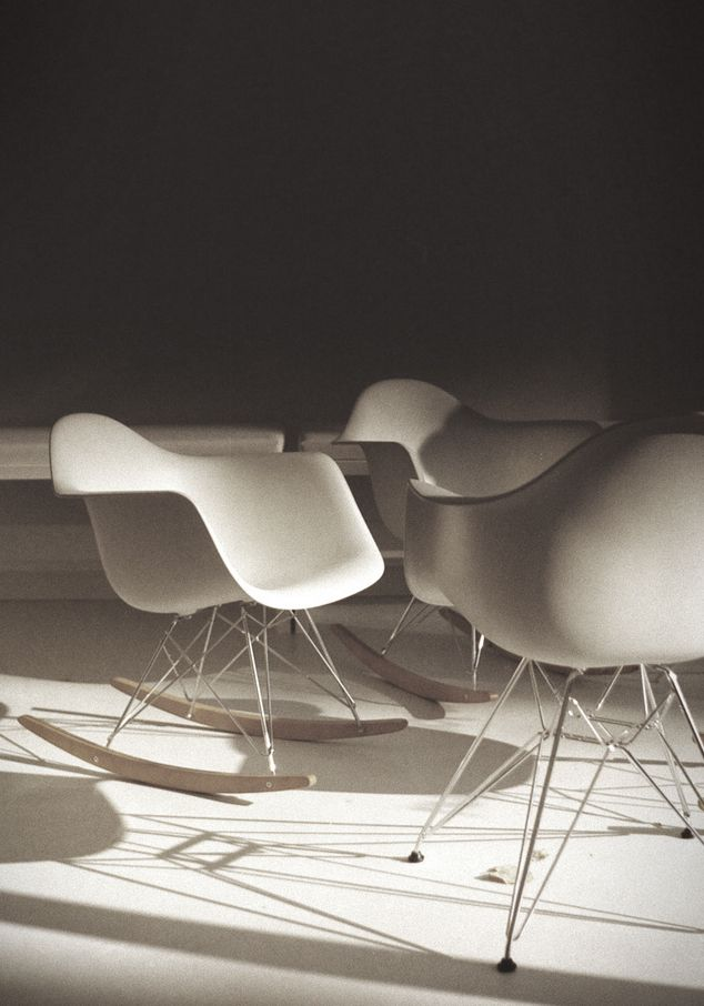68 best eames plastic side chair images on pinterest for Pop furniture eames