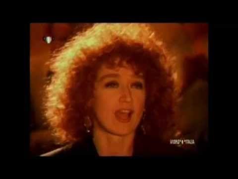 Fiorella Mannoia - Il cielo d'Irlanda (Official Video)