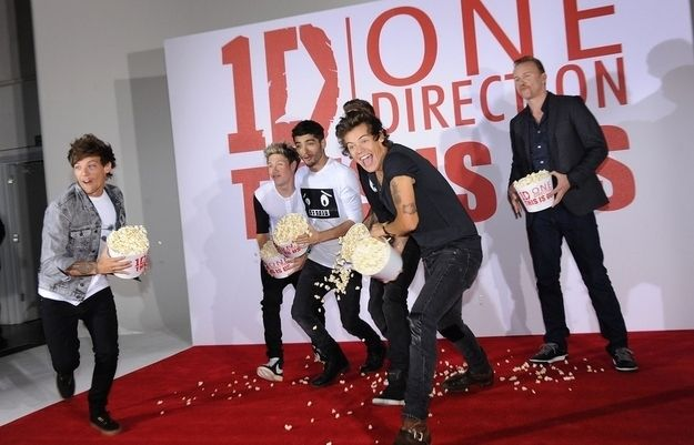 When they started to throw the popcorn at everyone: | The 17 Most Important Moments From One Direction's Movie Press Conference