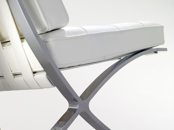 Elegant Schön Barcelona Chair Design Close Up By Ludwig Mies Van Der Rohe And Lilly  Reich