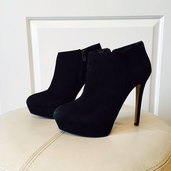 ALDO Suede Booties In great condition. Worn a few times ALDO Shoes Ankle Boots & Booties