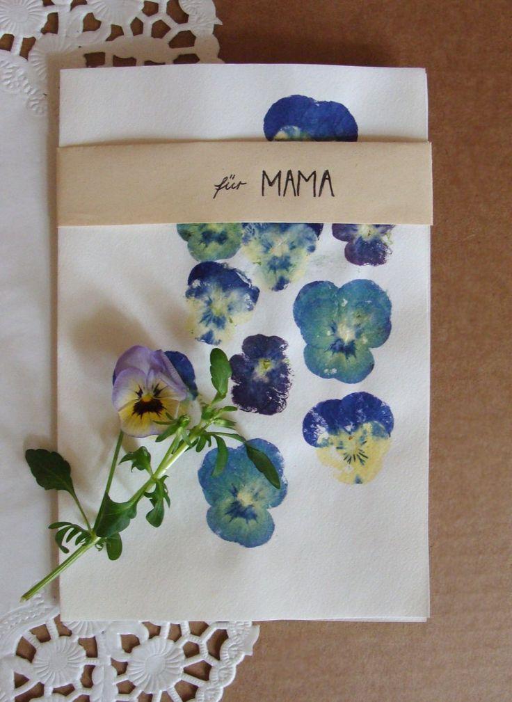 Der Muttertag naht und wir müssen uns langsam Gedanken machen, was die Mama dieses Jahr bekommen soll. Und da sich fast alle Mamas über Selbstgemachtes freuen, werden wir euch in dieser Woche jeden Tag eine DIY-Idee zum Muttertag vorstellen.