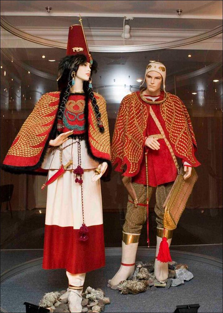Reconstruction of the costumes of an  Scythian ruler and his concubine (?) made by  experts from Hermitage Museum.  Based upon an archaeological find in the Republic of Tuva that is approximately 2,600 years old.  Picture: Hermitage Museum.