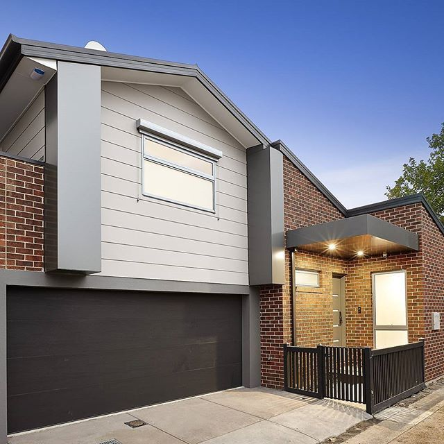 Brick Home Exterior Design Ideas: 189 Best Images About Mixed Facades On Pinterest