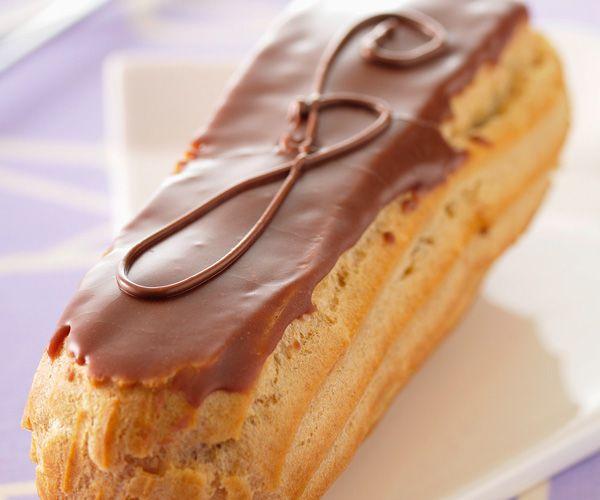 Vous voulez vous faire une dessert très gourmand ? Nous avons pour vous la recette des éclairs au chocolat.