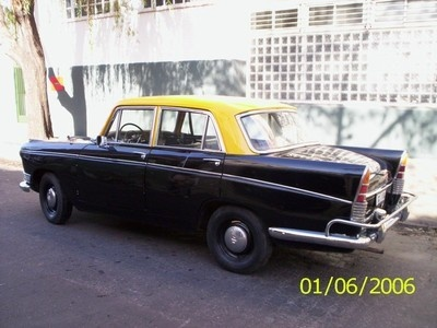 "Taxi  I grew up with ""un pie aca y un pie alla"", with one foot here and one foot there...  ""With Love, The Argentina Family~Memories of Tango and Kugel; Mate with Knishes"" - Available on Amazon."