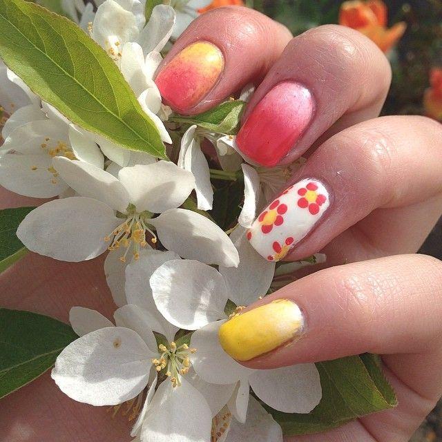 Spring 🌷🌸 #spring #springnails #summer #summernails #shimmer #flowers #pink #pinknails #proud #polish #pretty #perfect #yellow #sun #mani #cute #colors #nails #nailart #nailedit #nailporn #nailpolish #nailinspiration #polish #girly #girl #love