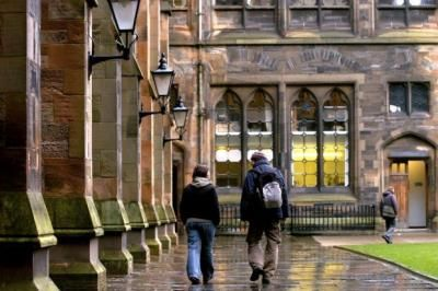 University of Glasgow publishes online thesaurus featuring 800,000 words