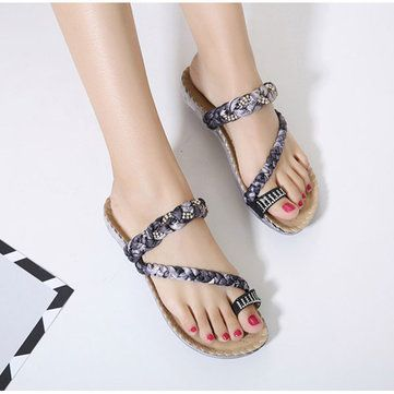 US Size 5-10 Women Bohemian Casual Beach Soft Flat Sandals - US$21.37