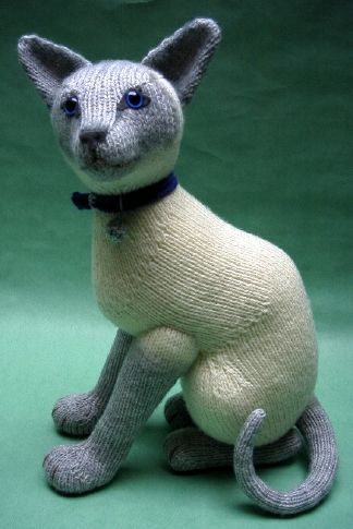 Knitting Pattern For A Toy Cat : 25+ best ideas about Knitted toys patterns on Pinterest Knitted animals, Kn...