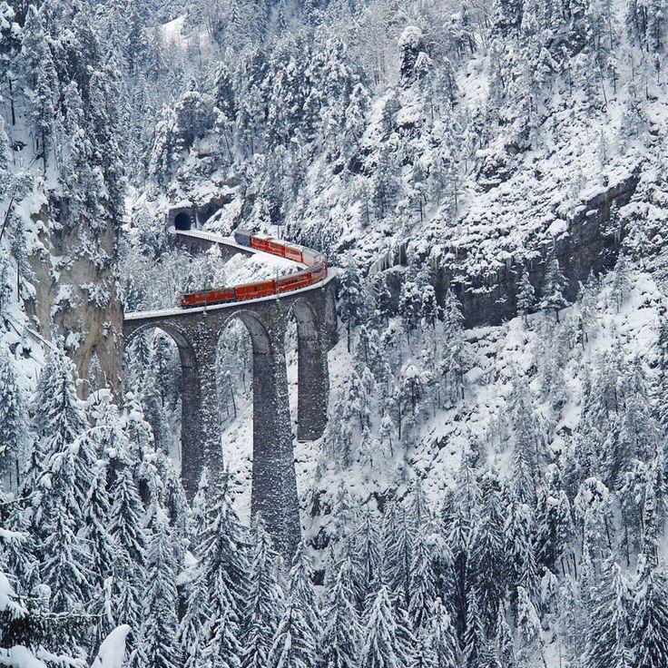 rhaetian railway albula bernina glacier express bernina express unesco (13)