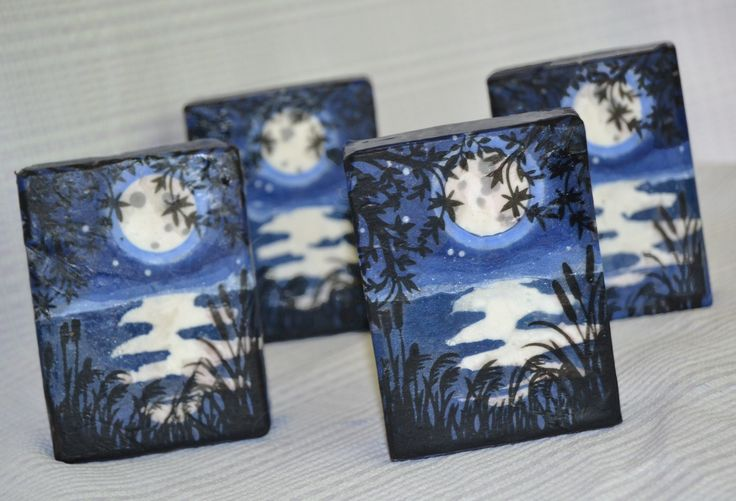 """blue moon"" - Sculpted Layers soap challenge"