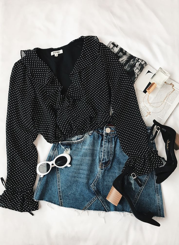 Chic District Black Polka Dot Long Sleeve Crop Top