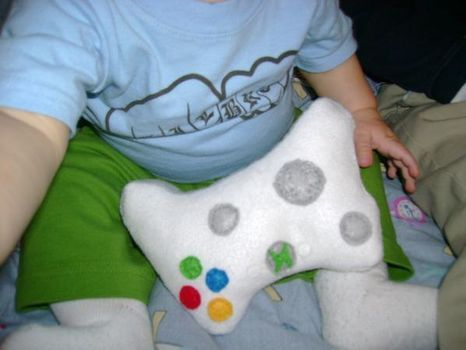 Xbox baby rattle, perfect gift for nerdy expecting parents! Have a feeling this will be good to know for future