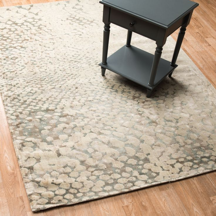 Rug x a transitional rug to fit most any decor this versatile emerson rug is vintage inspired with a modern flare it will flatter contemporary homes