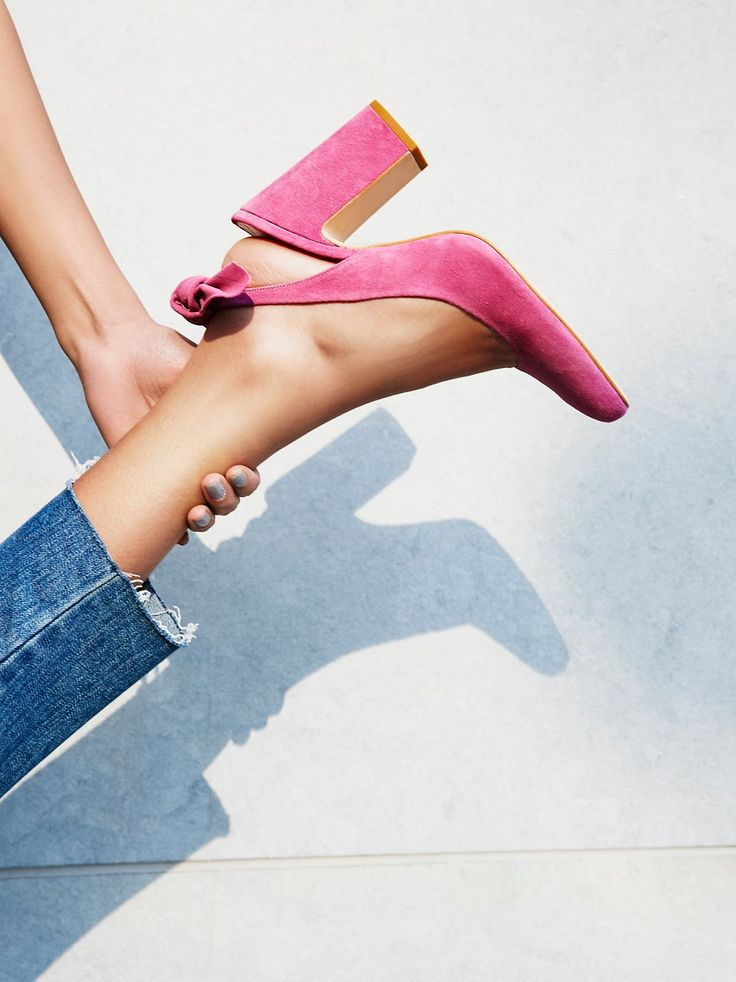 Find your Shoes' style, in your way... related uni wholesale shoes: http://www.uniwholesaler.com/