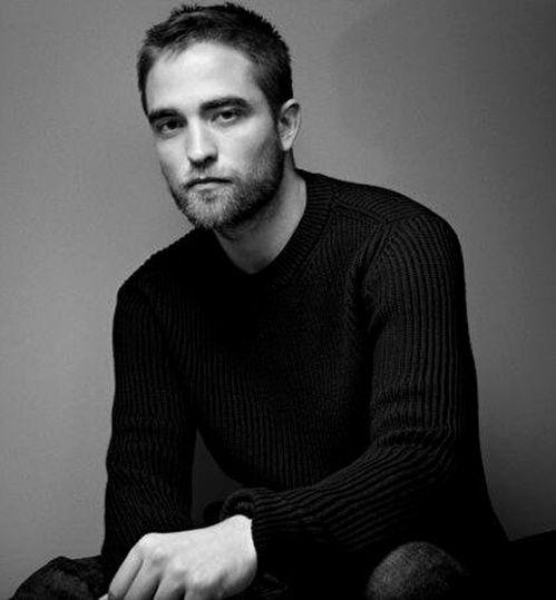 Breaking News : Robert Pattinson lance sa propre ligne de vêtements | Vogue