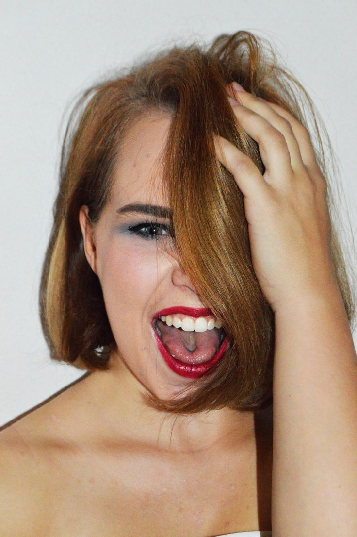 Crazy fashion photoshoot. Makeup shooting: lipsticks.