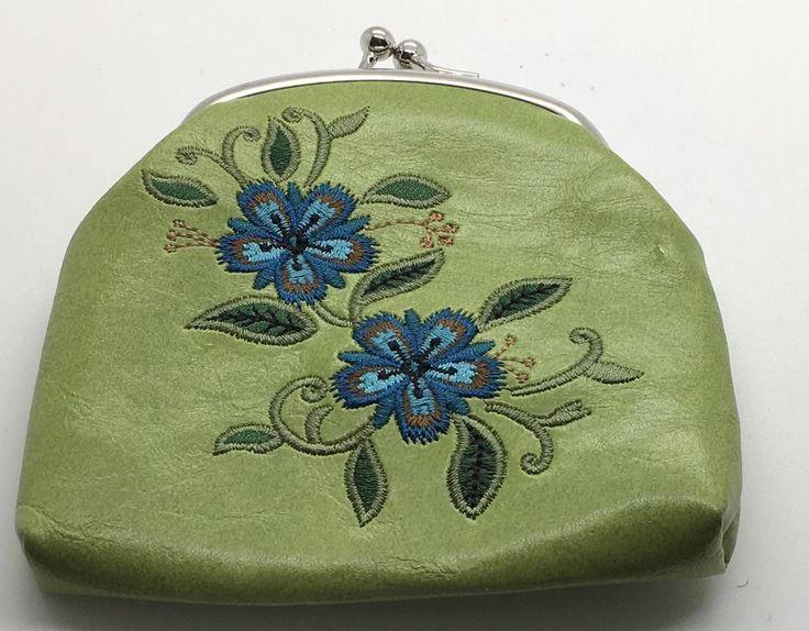 Lavishy Coin Purse Vegan  Wallet Credit Card Holder Flowers Green Blue  Kisslock #Lavishly #CoinPurse