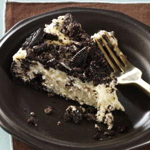 Chocolate Cookie Cheesecake - make with peppermint oreos for Christmas ...