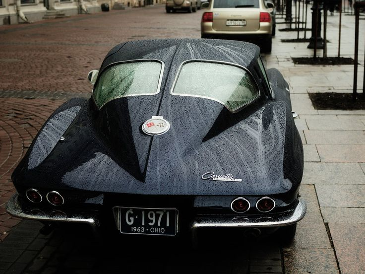 1963 Chevrolet Corvette Coupe with the classic split rear window