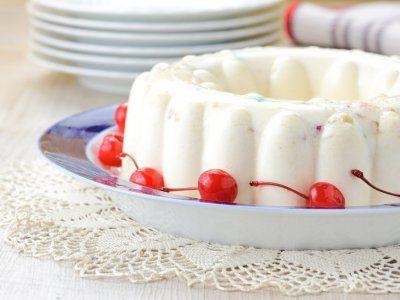 Gelatina De Yogurt | La gelatina de yogurt es una receta saludable que te permite mantener la figura y al mismo tiempo comer algo delicioso y dulcecito. Es una gelatina tan rica que no vas a creer que casi no tiene calorías.