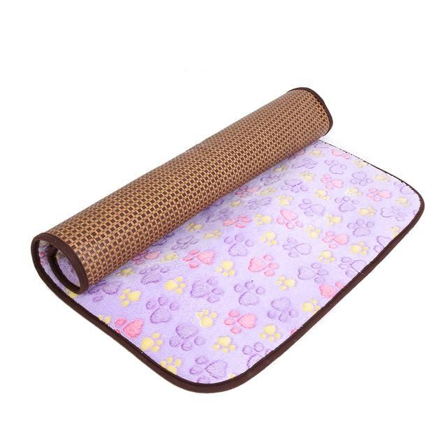 Two Sided Cooling bamboo & Soft Sleeping Mat Happy Paws for Large Dogs