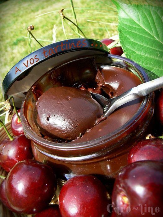 """Pâte à Tartiner """" Mon Chéri """" ou Confiture Cerise et Chocolat Noir ..."""